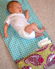 Tutorial: Diaper Changing Pad Clutch and Mat.....great DIY gifts