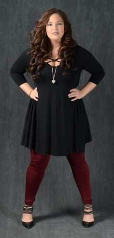 Great with solid or pattern leggings! 95% Rayon 5% Spandex Made in the USA Black Women Fashion, Curvy Fashion, Latest Fashion For Women, Plus Size Fashion, Womens Fashion, Plus Zise, Mode Plus, Fall Outfits, Cute Outfits