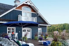 Beautiful Coastal & Blue Exteriors – The Happy Housie Cottage Exterior, Dream House Exterior, Craftsman Exterior, Coastal Cottage, Coastal Homes, Coastal Decor, Lake Cottage, Coastal Living, Coastal Entryway