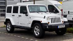 File:Jeep Wrangler Unlimited 2.8 CRD Sahara (JK) – Frontansicht, 25 ...