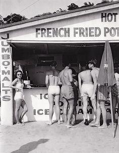 Snack shack, 1950's