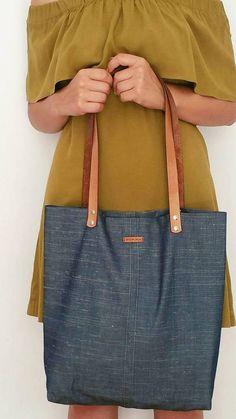 Light Color Denim Tote Bag - Metal Zipper Organizer Bag Present - Genuine Leather Handle - Canvas Bag - Shoulder Shopper Bag