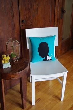 Audrey Hepburn Breakfast at Tiffanys Pillow