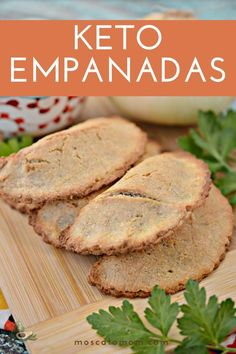 This Keto Empanadas Recipe will be your new go-to favorite keto dinner idea! Super easy to make a full of flavor, these versatile low carb meat pies are a family favorite. Beef Empanadas, Empanadas Recipe, Coconut Flour, Almond Flour, Awesome Food, Good Food, Sazon Seasoning, Low Carb Meats, Keto Calculator