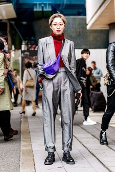 The Best Street Style From Tokyo Fashion Week Fall 2018 Hipster Grunge, Grunge Goth, Japanese Street Fashion, Tokyo Fashion, Harajuku Fashion, Cool Street Fashion, Fall Fashion, High Fashion, Queer Fashion