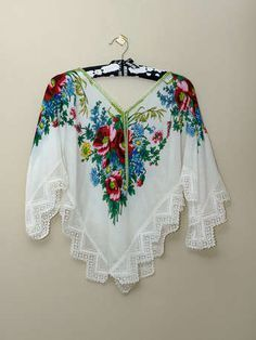 yepyeni Bluz Modelleri ve Kalıpları Look Fashion, Diy Fashion, Womens Fashion, Fashion Design, Blouse Patterns, Sewing Patterns, Kleidung Design, Blouse Models, Dress Models