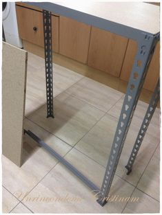 Estanter a para ferreter as tipo truper estanteria for Perfiles de estanterias metalicas