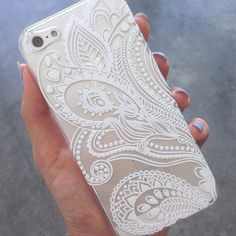Apple iPhone 4, 4s 5 5s 5c 6 6 Plus/Samsung S3,S4,S5 & S6 Henna Paisley Floral White Cover Case