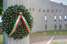 25 Aprile, festa della Liberazione - monumento ai caduti