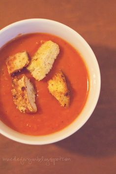 Panera's Creamy Tomato Soup  Tomatoe soup is one of my favorites and I love Panera's version.