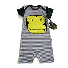 Munster Dracula Romper Short sleeve romper Banded round neckline Lap shoulders Front graphic print Logo tab at side Bottom snap closures Material: Cotton Brand: Munster Origin: Imported Print Logo, Boy Outfits, Baby Kids, Onesies, Kids Fashion, Rompers, Children, Cute, Swimwear