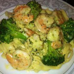 Quick Garlic Shrimp Pesto Alfredo & Pasta #recipe | Justapinch.com