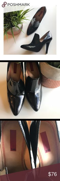 5/48 Black heels Awesome shoes!  EUC.  True to size.  Bundle for best deals. 5/48 Shoes Heels