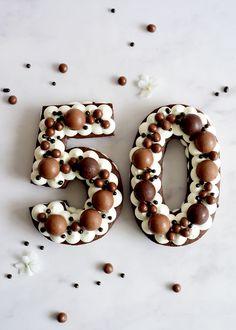 22nd Birthday Cakes, Number Birthday Cakes, Number Cakes, Alphabet Cake, Dad Cake, Beautiful Birthday Cakes, Cake Business, Cake Decorating Tips, Girl Cakes