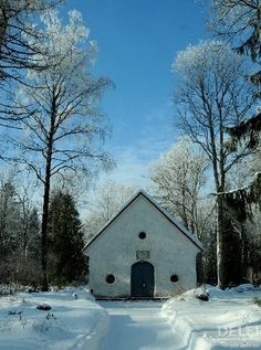 Rapla cemetery chapel, Estonia
