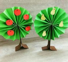 New fruit tree craft preschool ideas Spring Crafts For Kids, Autumn Crafts, Diy Crafts For Kids, Arts And Crafts, Paper Crafts, Toddler Crafts, Preschool Crafts, Art N Craft, Spring Art