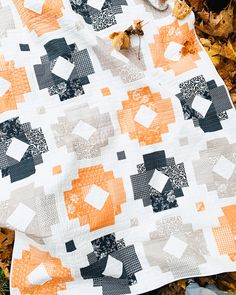 Solstice Lights Fig Tree & Co Edition - Cotton + Joy Modern Quilt Patterns, Pdf Patterns, Print Patterns, Modern Quilting, Patchwork Patterns, Halloween Quilts, Fall Halloween, Happy Halloween, Halloween Costumes