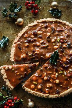 Caramel Cranberry Nut Tart- vegan and gluten free - Heather Christo Vegan Gluten Free, Gluten Free Recipes, Vegan Recipes, Tarte Caramel, Vegan Caramel, Vegan Christmas, Vegan Cake, Almond Recipes, Sans Gluten