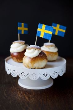 Semlor (Swedish Cream Buns) #semla #swedishfood #fika