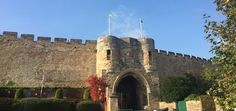 Discover Lincoln Castle, the Roman Fort upgraded to a double-motte Norman stronghold. Find out how it endured four sieges in its turbulent past, and where it has stored the Magna Carta since 1215, while holding imprisoned criminals.  #medieval #castle #roman #saxon #norman #lincoln  http://www.discovermiddleages.co.uk/lincoln-castle/