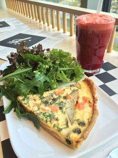 Quiche with salmon and a beetroot-carrot-apple juice.