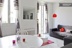 https://www.airbnb.fr/rooms/966838