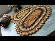Tapete Outonal Clássico e fácil em crochê (vídeo aula). - YouTube Rugs, Home Decor, Oval Rugs, Kitchen Playsets, Crochet Carpet, Crocheting, Farmhouse Rugs, Decoration Home, Room Decor