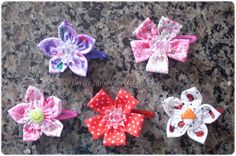Giselle Barbosa Artesanatos: Tic-tacs com flores de fuxico estampadas