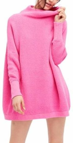 738c9f68086 Can t let go of summer  Try this pink chunky sweater with leopard leggings