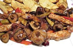 Recept na Vepřové nudličky se šiitake houbami....... http://www.receptyonline.cz/recept--veprove-nudlicky-se-siitake-houbami--19224.html
