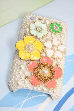 handmade phone case...awesome decorating idea for the phone case! Bling Bling Bling