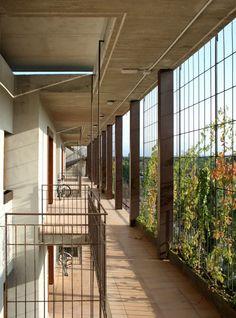 Toni Gironès, José Hevia · Social Housing in Salou · Divisare