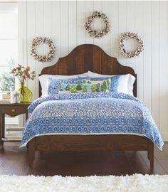 Vintage Wood Gustavian Bed - VivaTerra