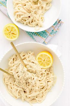 Vegan Creamy Garlic Lemon-Pepper Pasta | Creamy cauliflower-cashew sauce packs a punch of zesty garlic, bright lemon juice + spicy black pepper!