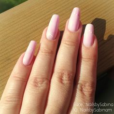 Pink prohesion acrylic nails with dotting design ☺