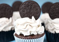 Cookies and Cream Cupcakes -   made these a few months ago. mmm.