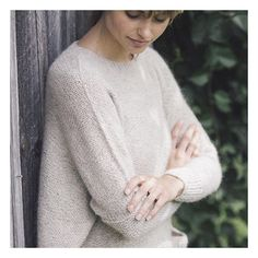 On the Quince blog Pam Allen talks about the seamless hybrid construction used in sweaters like Ash from Plain & Simple. . . . . . http://ift.tt/2s4Ipy6