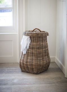 This lovely rattan laundry basket offers everything needed to make washing a simpler and trouble-free task. This generously sized basket celebrates Laundry Storage, Storage Baskets, Food Storage, Storage Ideas, Laundry Room, Large Laundry Basket, Ikea Laundry Basket, Washing Baskets, Decoration