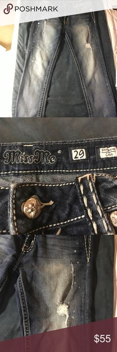 Miss Me Capri Jeans Miss Me boyfriend Capri Jeans with distressed look (made that way) Excellent condition!! Got to wear for a couple months, they're too big on me now. Cleaning out my closet. Make an offer Miss Me Jeans Ankle & Cropped
