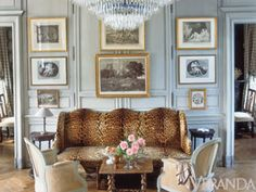 Charles Spada - In an otherwise quite traditional French sitting room, a leopard-print-covered settee takes a starring role, giving the space a refreshingly urbane dose of personality.