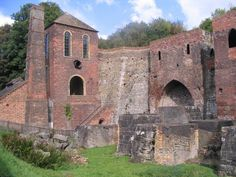 Blowing engine house and blast furnaces at Blists Hill. Photo credit