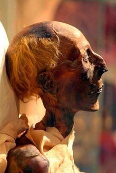 Ancient Egypt Pharaohs, Ancient Egyptian Art, Ancient Civilizations, Ancient History, Art History, Egypt Civilization, History Facts, Egypt Mummy, Egyptian Mummies