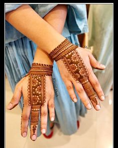 Are you looking for some fascinating design for mehndi? Or need a tutorial to become a perfect mehndi artist? Rajasthani Mehndi Designs, Indian Henna Designs, Latest Bridal Mehndi Designs, Full Hand Mehndi Designs, Mehndi Designs 2018, Henna Art Designs, Mehndi Designs For Girls, Mehndi Designs For Beginners, Wedding Mehndi Designs