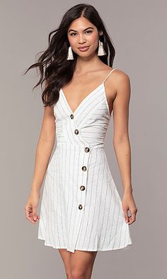 Button-Front V-Neck Striped Casual Party Dress Casual Cocktail Dress, Casual Party Dresses, Elegant Dresses, Wrap Dress Short, Short Dresses, Prom Dresses, Look Cool, Clothes, Button