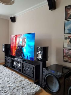 DJJez's Home Theater Gallery – My Home Theatre photos) DJJezs Heimkino-Galerie – Mein Heimkino Fotos) Home Cinema Room, Home Theater Setup, Home Theater Rooms, Home Theater Design, Home Interior Design, Home Theatre, Home Theater Speakers, Home Entertainment, Gaming Room Setup