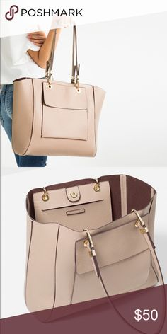 ZARA LARGE TOTE BAG Brand new with tags, large size, nude color, exterior pockets and interior pouch pocket Zara Bags Totes