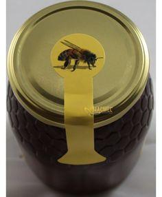 Rolo de etiquetas com abelha pra selar frascos - a solução mais bonita e elegante para os seus frascos! #macmel #mel #abelhas #apicultura #embalamento #miel #abejas Wood Bees, Storage, Rolo, Beekeeping, Jars, Tags, Pretty, Elegant
