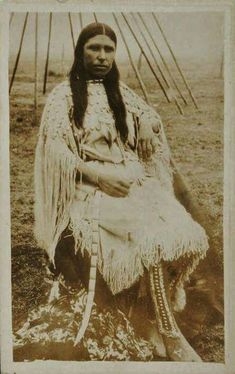 Native American Drawing, Native American Wolf, Native American Photos, Native American History, Native Indian, Native Art, Walk In The Spirit, Aboriginal People, First Nations
