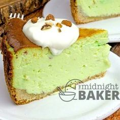 Pistachio Cheesecake - The Midnight Baker
