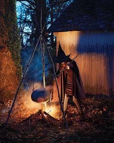 halloween outdoor decorating ideas | 10 Creepy Outdoor Halloween Decorating Ideas | Shelterness